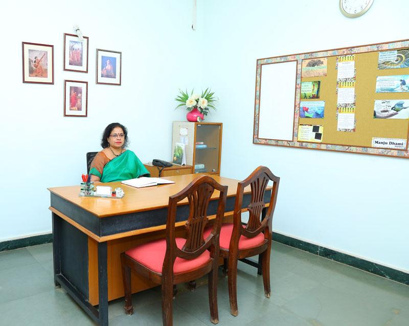 Ms. Anita Manoj